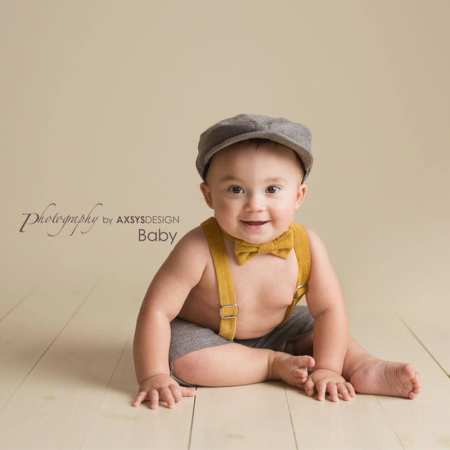 Four Tiny Cousins Henry Flat Cap Set in Grey and Mustard